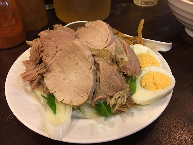 รีวิว The grand ramen umai ร้านอาหารญี่ปุ่นจานยักษ์!! ย่านสุขุมวิท หมูชาชู
